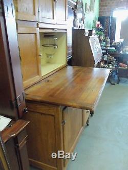 Antique Oak Hoosier Cabinet Withflour Sifter Glass Sugar Jar And ...