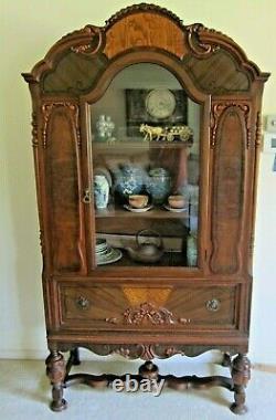 Antique China Cabinet, Buffet Hutch /display (fa-3)