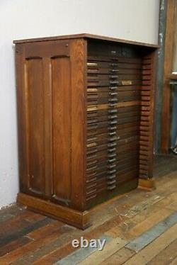 Antique Hamilton typeset printers cabinet 24 drawer apothecary oak wood cabinet
