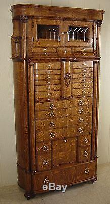 1900-1950 Rare Dental Cabinet In Oak By American Cabinet Company