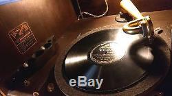 David Zork custom cabinet original with1914 Victor Talking Machine VE-XVIlow SN