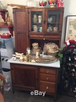Hoosier Kitchen Cabinet Brand is Sellers from Elwood, Indiana