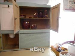 Hoosier vintage Cabinet
