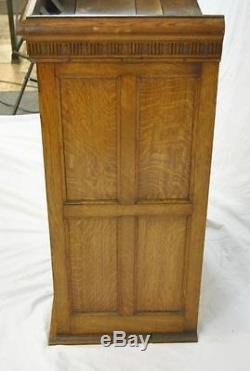 Quartersawn Barber Shop Oak Hanging Wall Cabinet