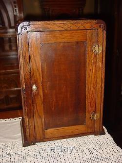 Rare NOKA quartered quartersawn oak counter top gum display case-15339
