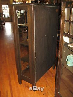 Stickley Brothers Mission Oak 2 Door China Cabinet 968