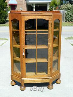 Sweet Tiger Oak Corner Cabinet circa 1910