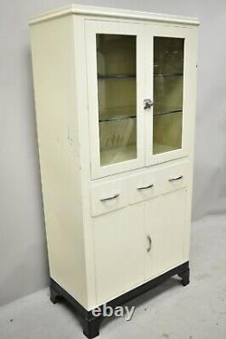 Vintage American Industrial Metal Medical Dental Display Curio Bathroom Cabinet