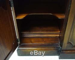 Vtg Breakfront Bubble Glass China Curio Hutch Wood & Glass 6' x 6' 10.5 Lighted